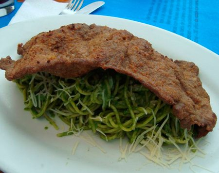 The uncommon ways to serve Green Spaghetti in Peru